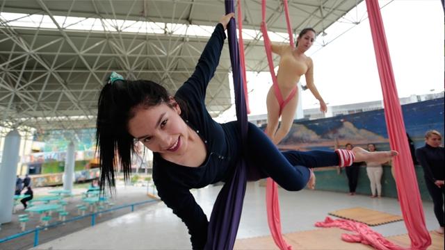 Danza aérea despierta interés en Reclusorios Femeniles de la CDMX