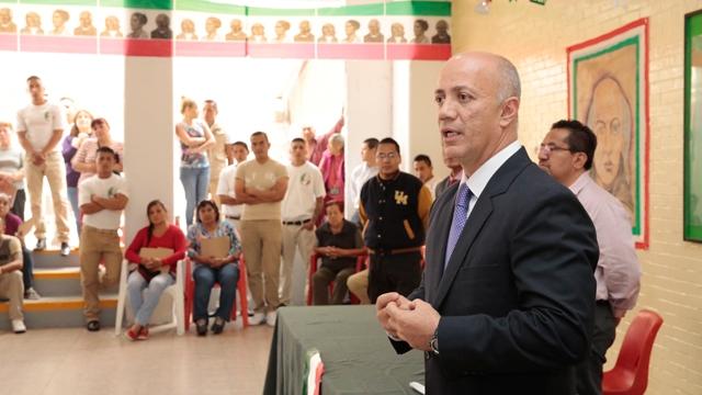 Dan Grito por 208 años de la Independencia en reclusorios de la CDMX