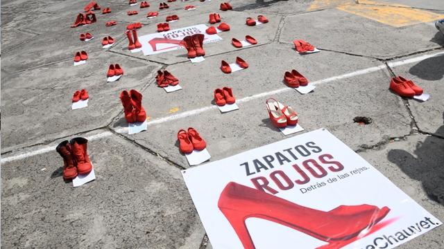 """""""Zapatos Rojos, detrás de la Rejas"""" reflexión sobre el feminicidio en el Reclusorio Oriente"""