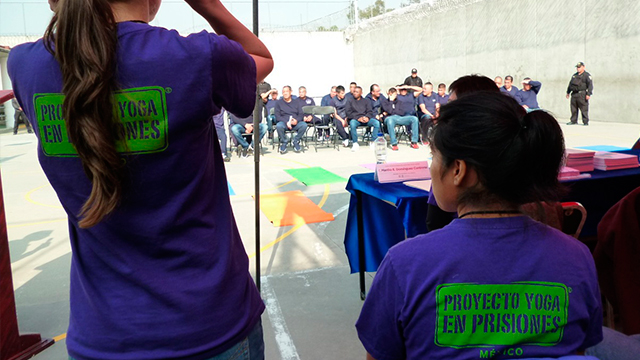 PERSONAS-PRIVADAS-DE-LA-LIBERTAD-DE-ALTO-RIESGO-CONCLUYEN-CURSO-DE-YOGA2.jpg